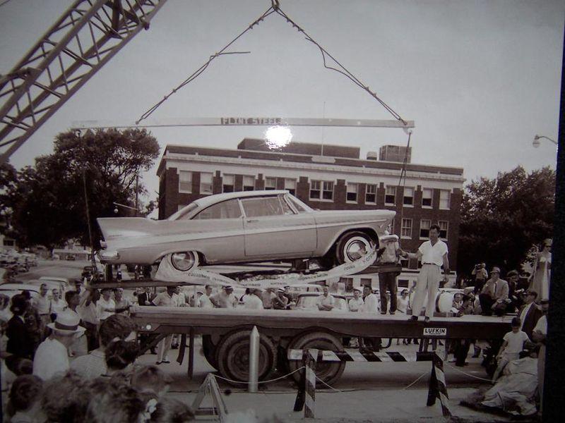 Miss Belvedere da den blev sænket i jorden i 1957