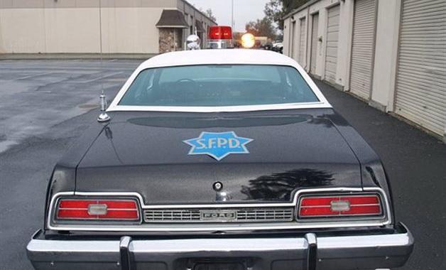 1022781-1974-ford-copcar