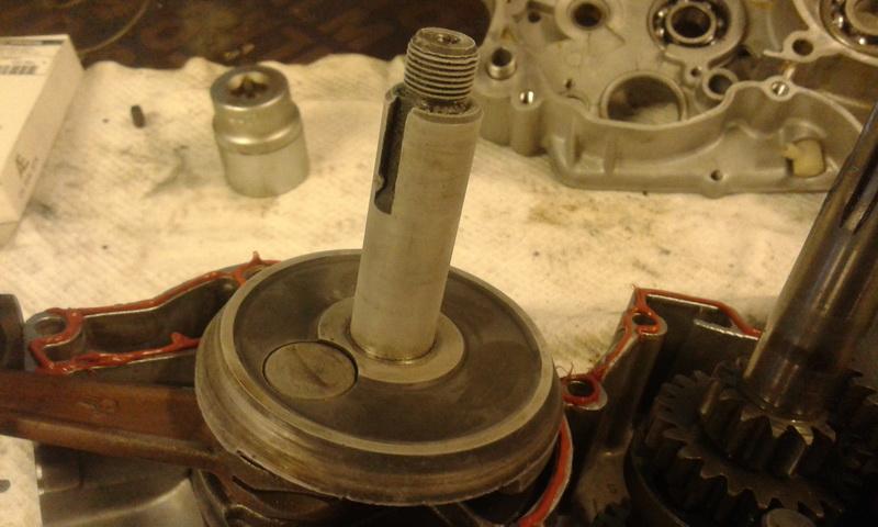 Krumtappen har været en nat i fryseren. Så glider den perfekt ind i de nye opvarmede lejer