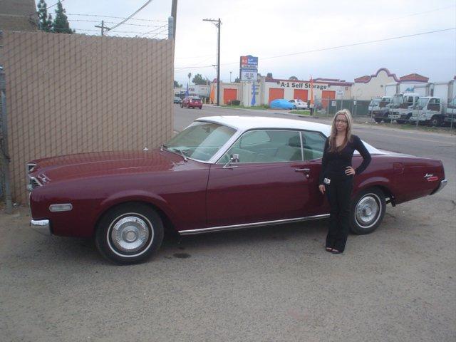 Selv Mike's kæreste syntes godt om bilen. Så kan det ikke gå helt galt